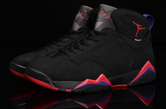 Air Jordan 7 Retro Raptors