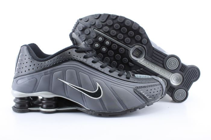 Men's Nike Shox R4 Black Carbon Grey Running Shoes