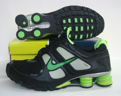 Sportive Nike Shox R5 Black Green Running Shoes