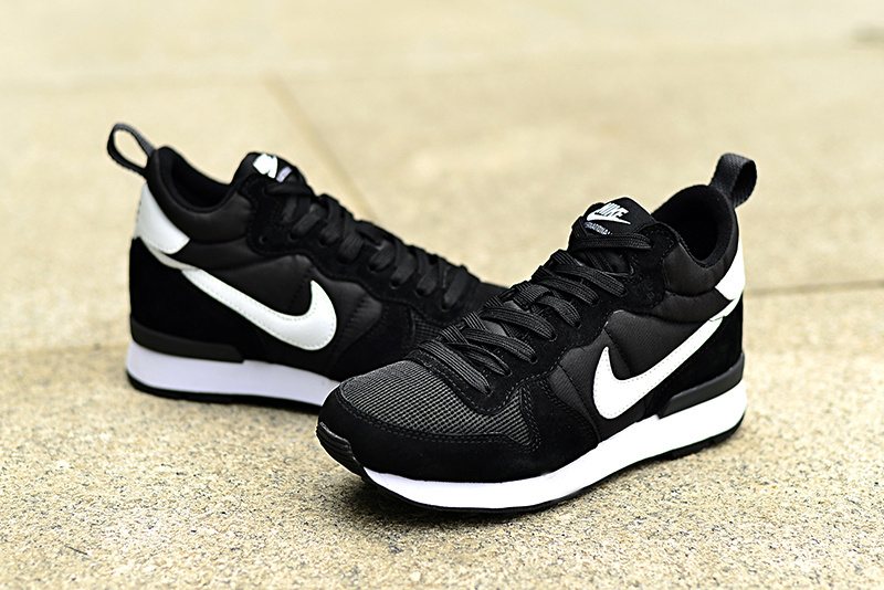 Nike 2015 Archive Black Shoes
