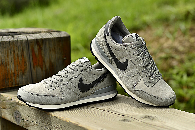 Nike 2015 Archive Grey Black Shoes