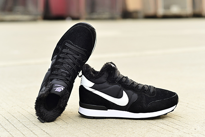 Nike 2015 Archive Wool Black White Shoes