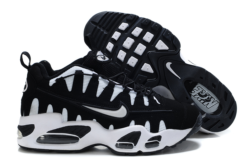 Nike Air Max NoMo Black White