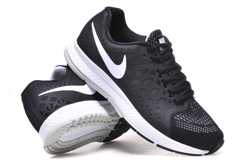 Nike Air Zoom Pegasus 31 Black White Running Shoes