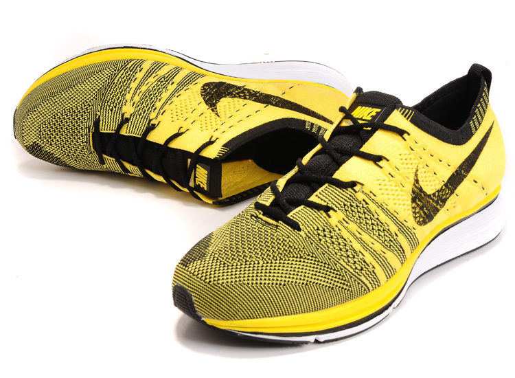 Nike Flyknit Trainer Yellow Black Shoes