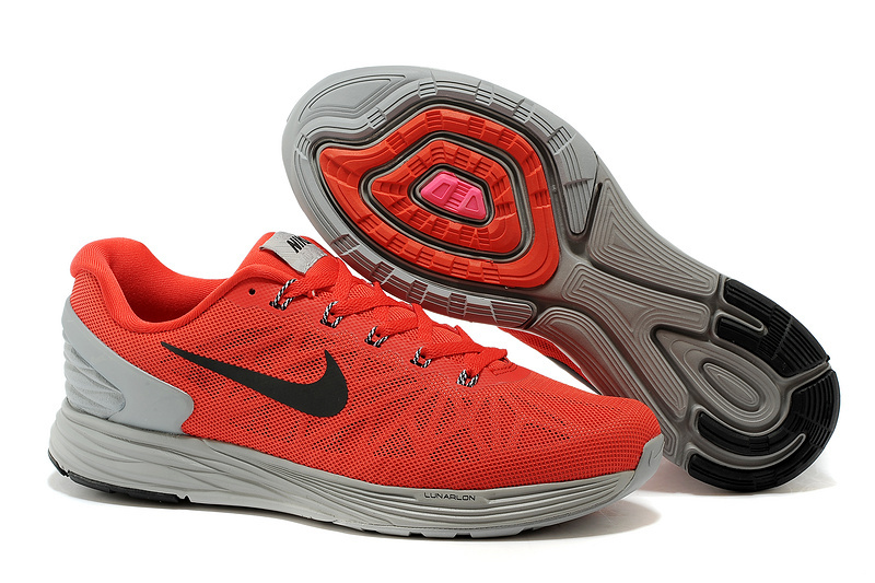 Nike Moofall 6 Red Grey Running Shoes