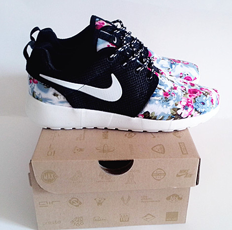 Nike Roshe Run Flower Print Black White Shoes