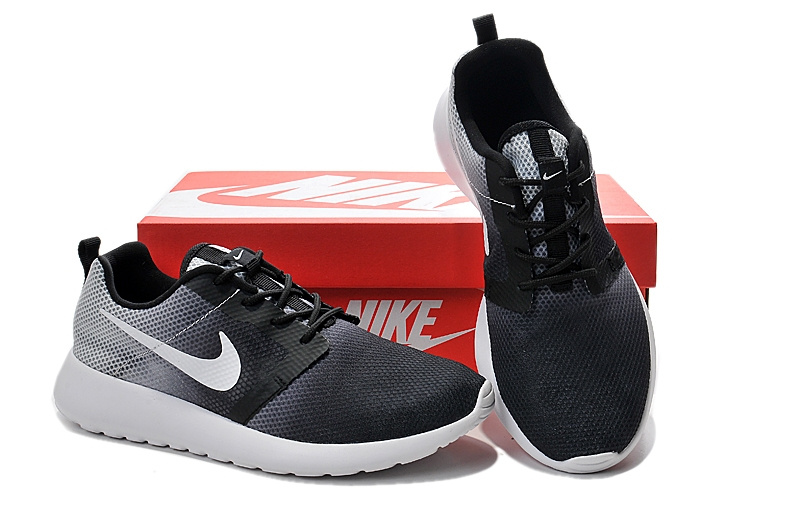 Nike Roshe Run Gradual Black Grey White Women Shoes
