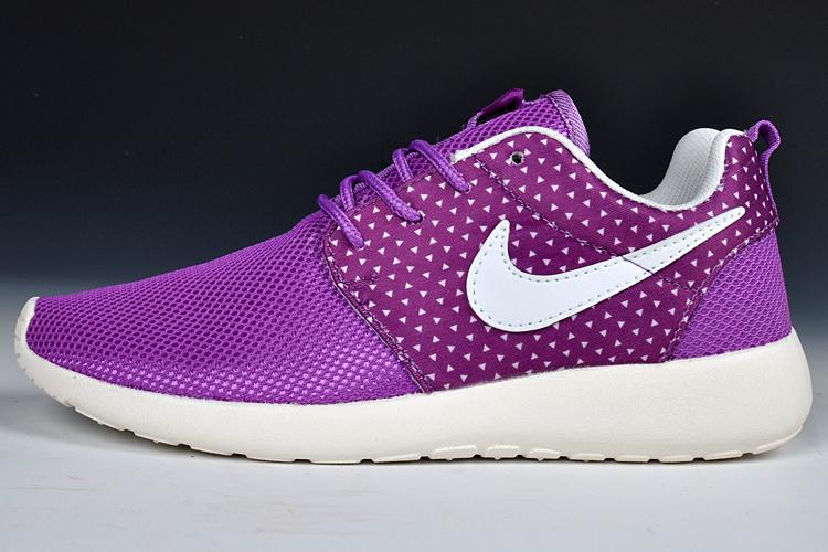 Nike Roshe Run Womens Shoes Purple White
