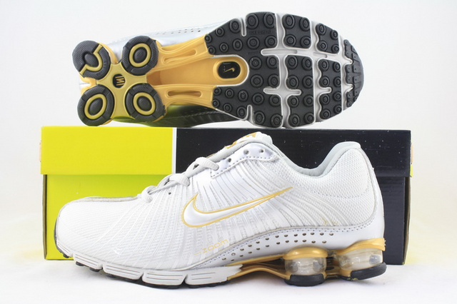 Nike Shox R1 White Gold Running Shoes
