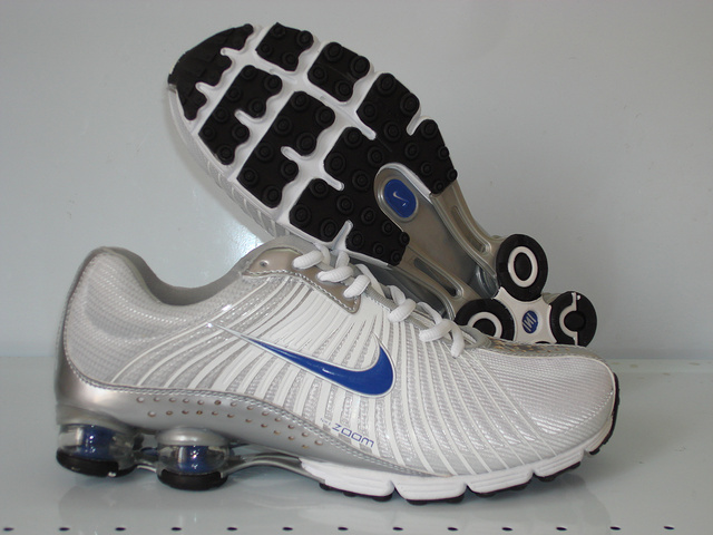 Nike Shox R1 White Grey Blue Running Shoes