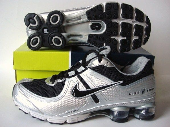 Nike Shox R2 Black Grey Silver Running Shoes
