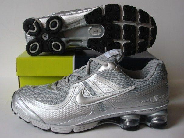 Nike Shox R2 Grey Silver Running Shoes