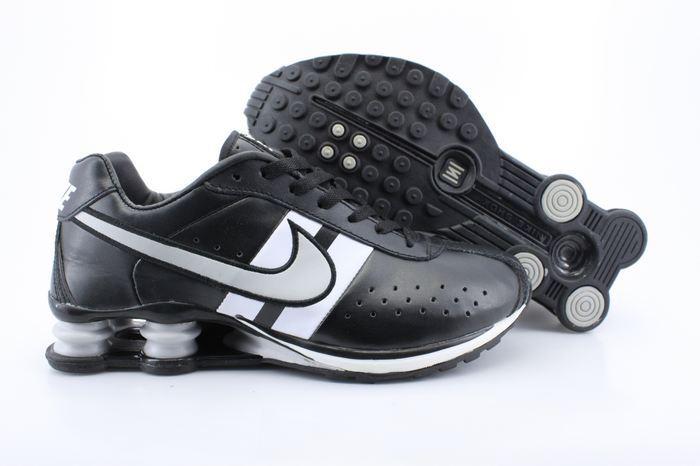 Nike Shox R4 Shoes Black White Big Swoosh