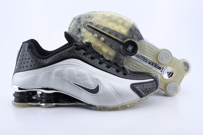 Nike Shox R4 Shoes Black White Black Swoosh