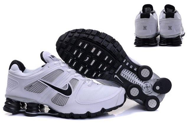 Nike Shox R6 White Black Running Shoes