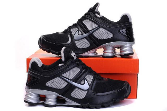 Nike Shox Turbo Shoes Black Grey