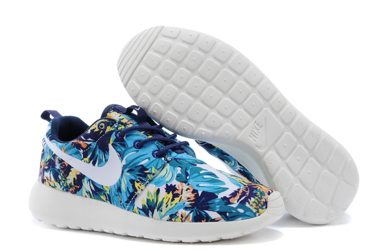 Nike WMNS Roshe Run Sea Blue White Shoes