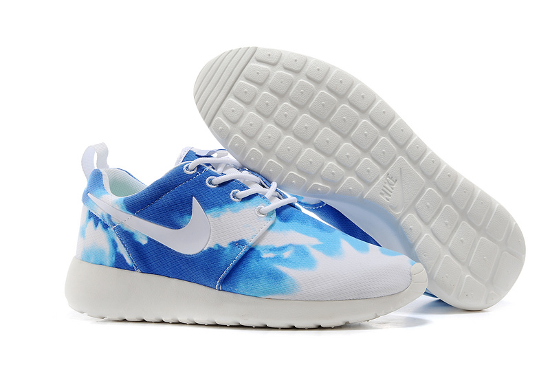 Nike WMNS Roshe Run Skyblue Colorways Shoes
