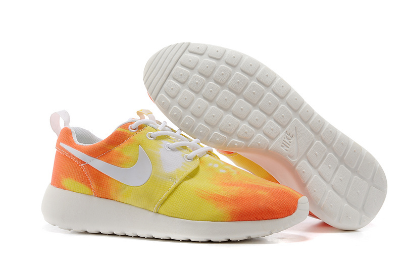 Nike WMNS Roshe Run Sunset Colorways Shoes