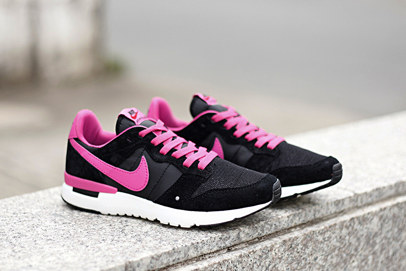 Women Nike 2015 Archive Black Red Shoes