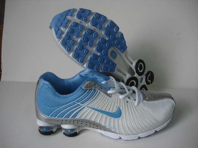 Women Nike Shox R1 White Blue Grey Running Shoes